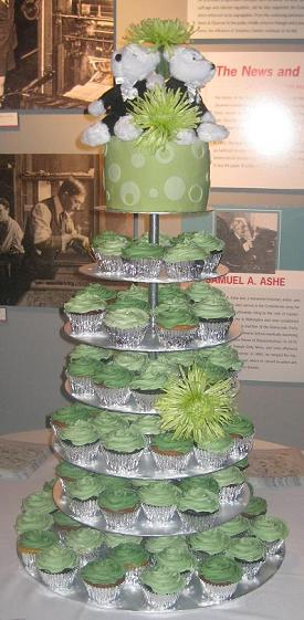 you can build a 10 tier cupcake stand in less than 5 minutes