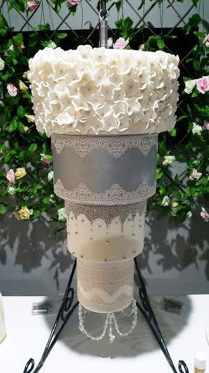 Cake Stackers? Cake Stands Wedding Styles Tiered Beautiful ...